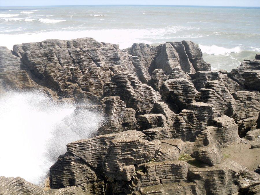 punakaiki-rocks