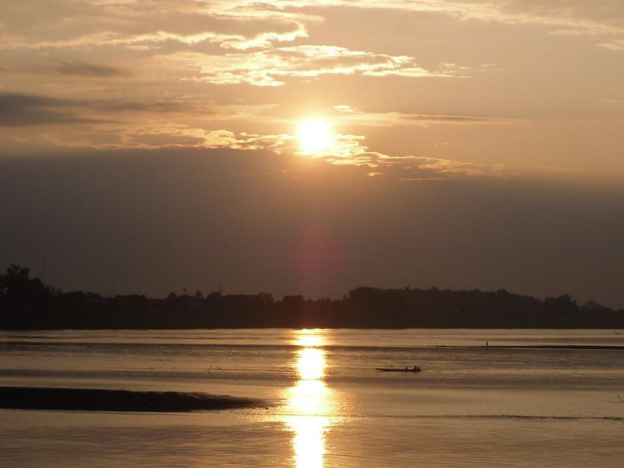vientiane-sunset-laos