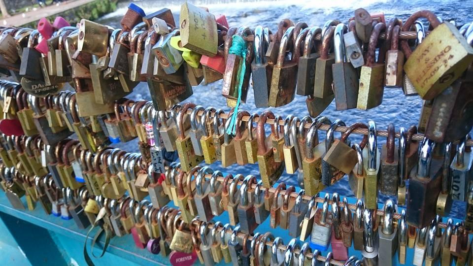love-locks-close-up