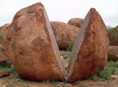Tales of the Outback…The Devil's Marbles
